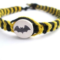 Batman Bracelet Bat Beaded Hemp Bracelet Black and Yellow Mens Hemp Bracelet Eco Friendly Jewelry