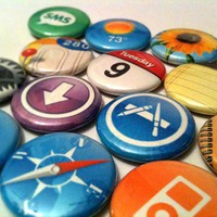 APPLE iPhone & iPad APPS a pinback button set by SkippyDogDesigns