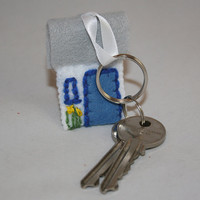 Keyring - Spring Cottage - embroidered felt with daffodils and bird in nest