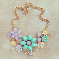 LAVENDER LONDON GARDEN NECKLACE