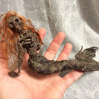 ooak dead skeleton mermaid fantasy fairy miniature doll art goth dollhouse sideshow gaff Hoax joke