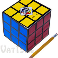 Rubik's Cube Notepad: Officially licensed notepad includes 700 tear-off sheets