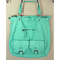SOFT LEATHER MINT HANDBAG