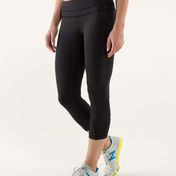 Run: Inspire Crop II *Block-It Pocket