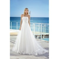 Bateau Neckline Taffeta Strapless Lace Wedding Dress