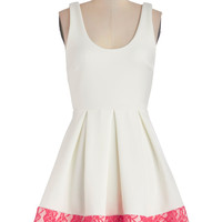 Floral di Latte Dress | Mod Retro Vintage Dresses | ModCloth.com