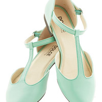 ModCloth Pastel Favorite Treats Flat in Mint