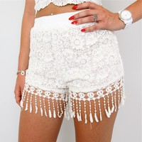 FESTIVAL CREAM CROCHETED LACE FLORAL TASSEL FRINGED HEM SHORTS 6 8 10 12