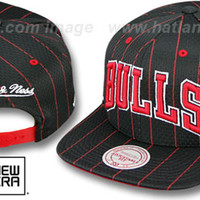 Bulls JERSEY MESH SNAPBACK Black Hat by Mitchell & Ness