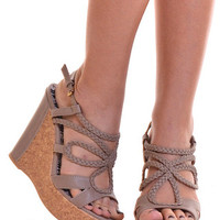 Closet Candy Boutique · A Walk In The Clouds Wedges - Taupe