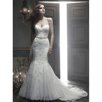 Mermaid Mesmerizing Sweetheart Beadings Lace Wedding Gown
