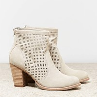 AEO PERFORATED BOOTIE