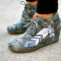 Custom Hand Painted Feather Camo Desert Wedges Toms