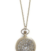 Turn Back Time Necklace in El Prado