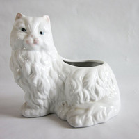 Vintage White Persian Cat Glazed White Ceramic Planter