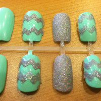 Mint Sparkle Chevron Fake Nails