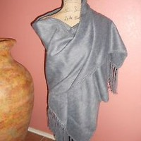 Peruvian Shawl /Scarves 100 % Alpaca as cashmere Silver Upscale Collection
