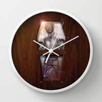 Harrison ford Han Solo Carbonite statue inside the Wood Glass Coffin Decorative Circle Wall Clock Watch by Three Second