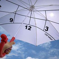Shade-Providing Sundials - The Clock Parasol