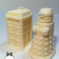 Solid Chocolate Doctor Who Chocolates. Tardis and Daleks. 6 count.