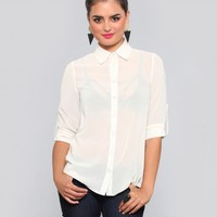 NICLA CUTOUT BLOUSE