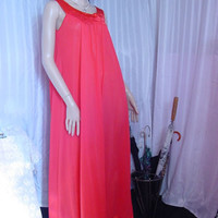 Vintage Snowdon Nightgown and Robe Red Medium Free Bust Sleeveless Gown