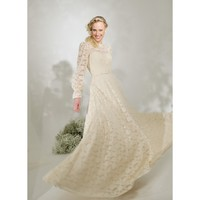 Lace Vintage Round Collar Long Sleeve A-line Wedding Dress
