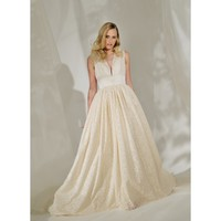 Lace Vintage Sleeveless V-neck Ball Gown Wedding Dress