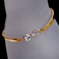 Full Rhinestone Bow Bangle