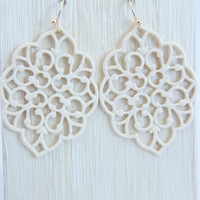 Beige Morocco Dangle Earrings