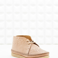 Clarks Originals X YMC Embossed Desert Boot in Tan - Urban Outfitters