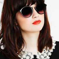 Castro Round Sunglasses in Black - Urban Outfitters