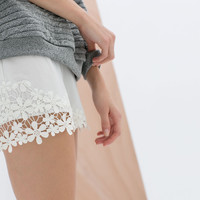 SHORTS WITH CROCHET HEM