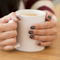 Strings - Nail Art