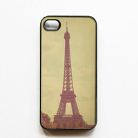 IPhone Case: Eiffel Tower Photo. Paris. Black Cover. IPhone 4S Case. Romantic Paris. Fine Art Photog | Luulla