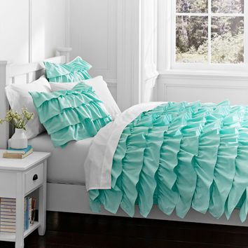 Rufflicious Quilt + Sham, Light Pool