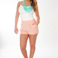 Pretty In Petals Shorts: Peach | Hope's