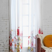 Wallflower Curtain