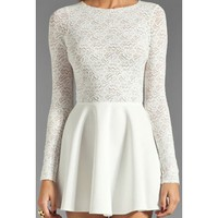 White Lace Slim Halter Long Sleeved Dress DP0310