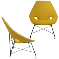 A Rare Pair of Mid Century Modernist Lounge Chairs by Augusto Bozzi for Saporiti
