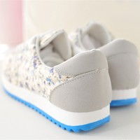 Wild Flower Canvas Lace Up Sneaker 022604