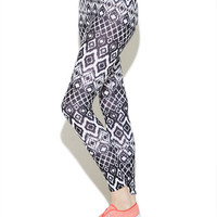 Mirrored Triangle Legging | Wet Seal