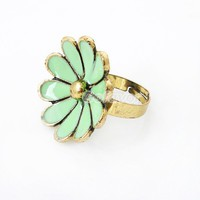 Antique Bronze Daisy Cocktail Flower Ring at Online Jewelry Store Gofavor
