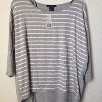 Grey Gray And White Striped 3/4 Sleeve High Lo Shirt By Forever 21 Size L