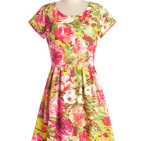 Nothing but Beauty Dress | Mod Retro Vintage Dresses | ModCloth.com
