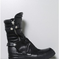 zip up boot