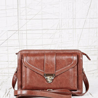 Deena & Ozzy Front Pocket Cross Body Bag in Tan - Urban Outfitters