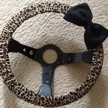 Cheetah print fabric steering wheel cover with bow