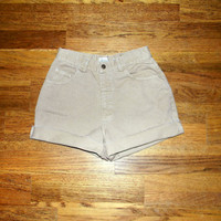 Custom Denim Cut Offs - 90s High Waist Beige/Tan/Light Brown Jean Shorts - Cut Off/Frayed/Distressed/High Waisted Shorts Size 9/10