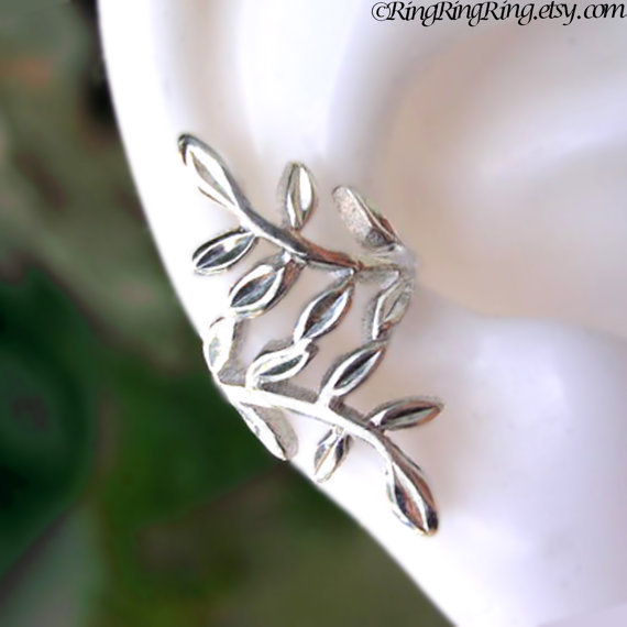 Laurel leaf Sterling silver ear cuff earring by RingRingRing